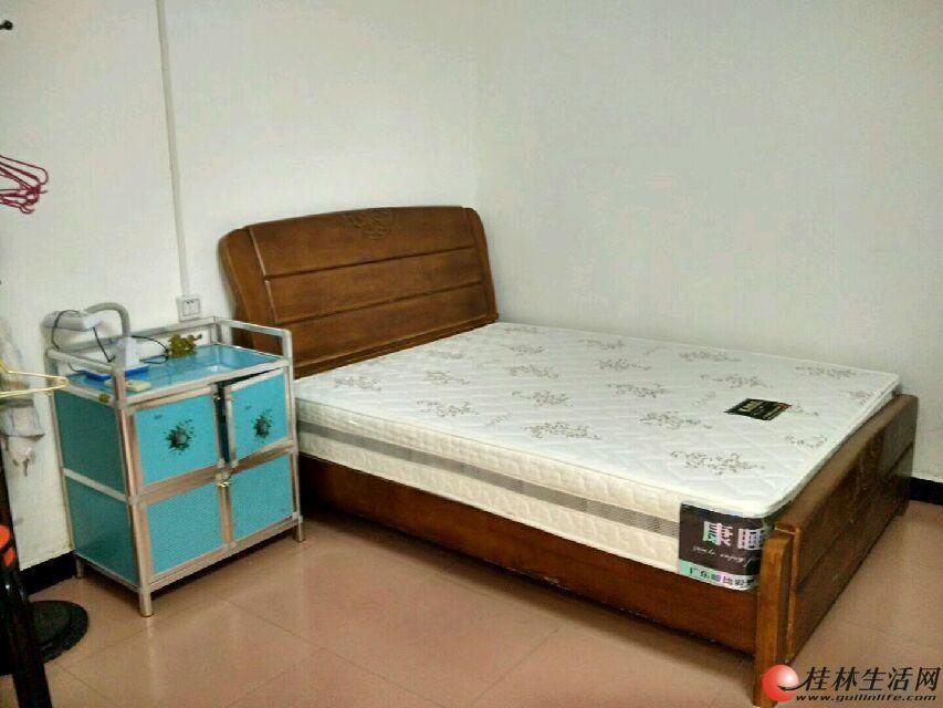 木龙湖景区 1室0厅1卫28平米17万一楼就读桂岭小学
