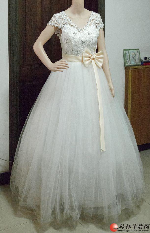 婚纱就穿了一次,低价转让