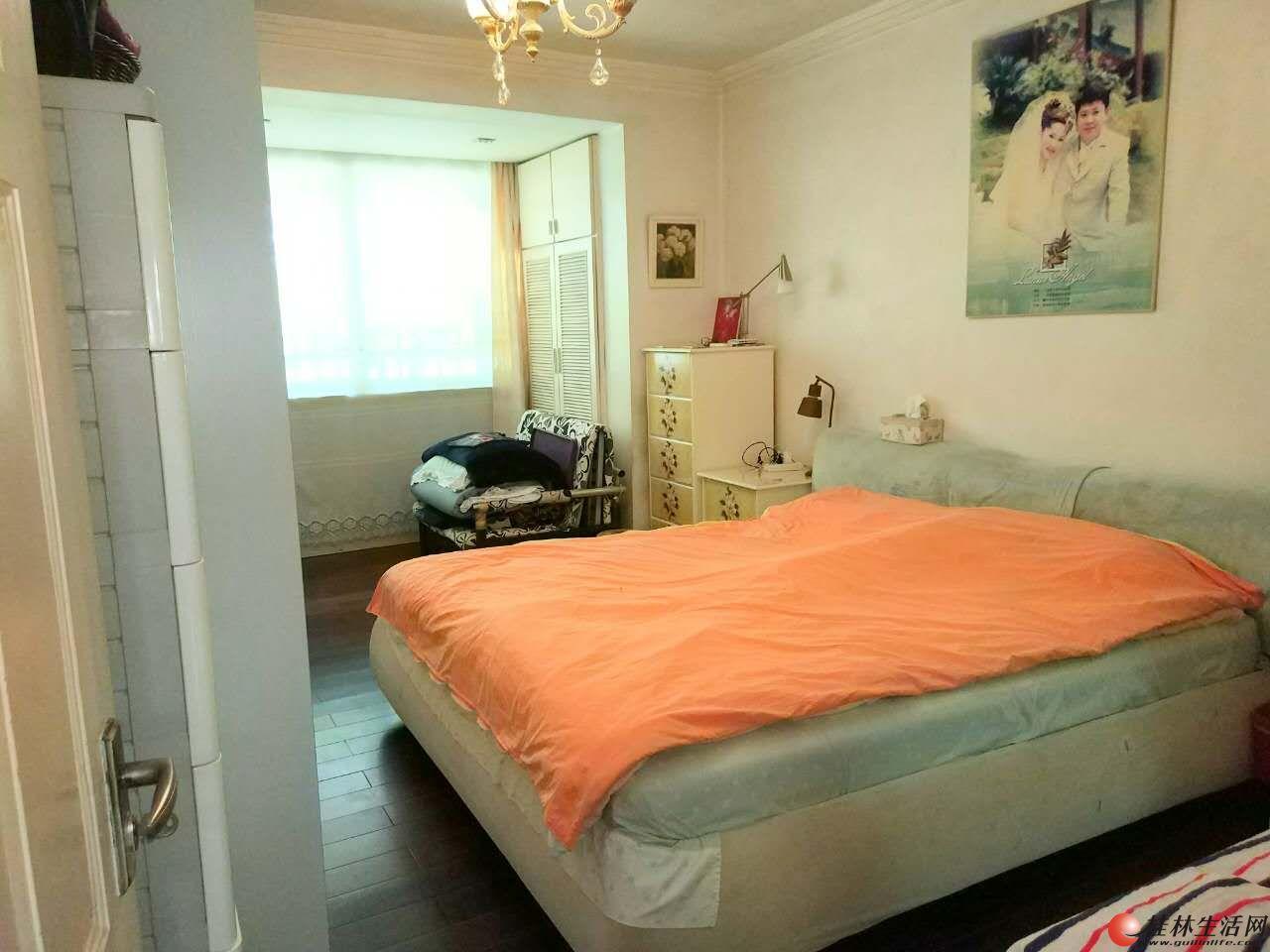 T丽君路西山公园旁豪装3房2厅2卫90万,房子超值欢迎看房