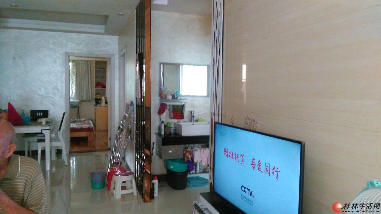 龙隐学区 公园绿涛湾 精装3房2厅2卫106㎡  95万