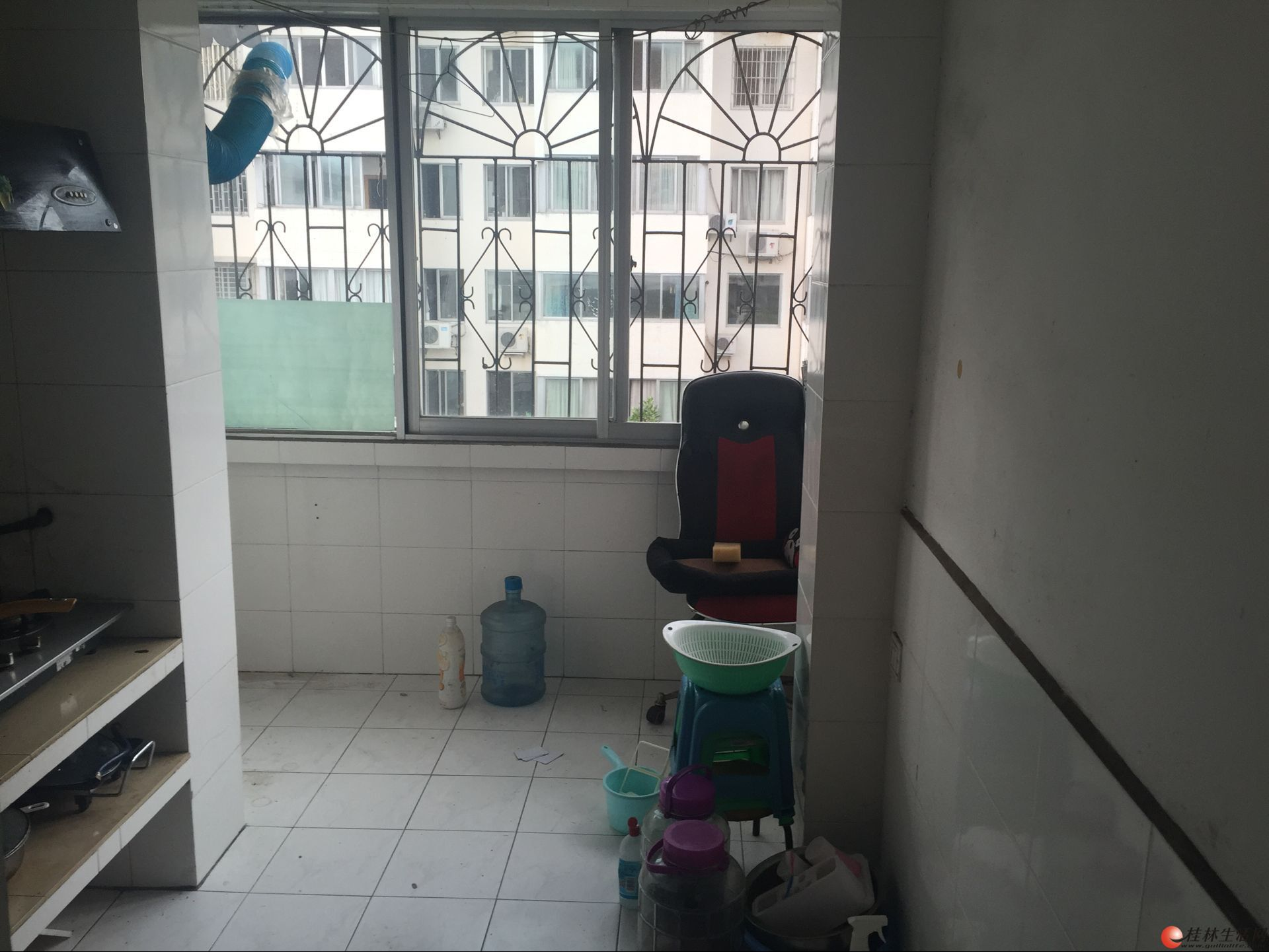 三多路棠梓巷 30平5楼 1房 拎包居住 租800元