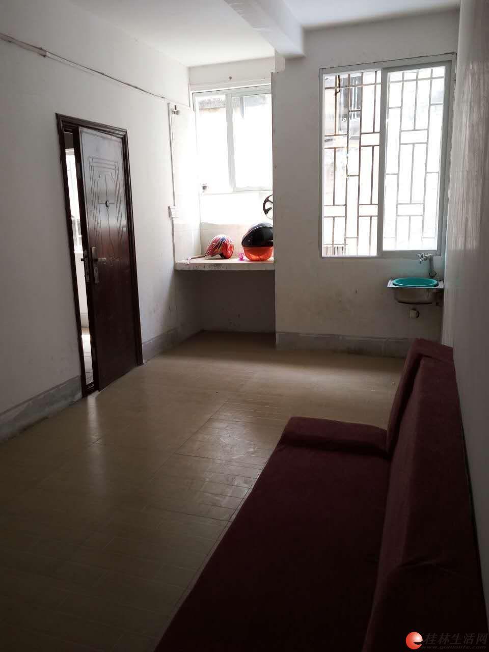 机场路唐家村一房一厅出租350元/月