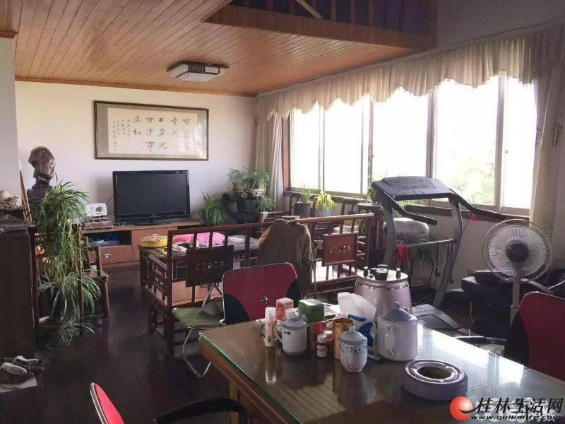 L睿城旁东江高尔夫酒店 豪装6房170平米65万送10平杂物间