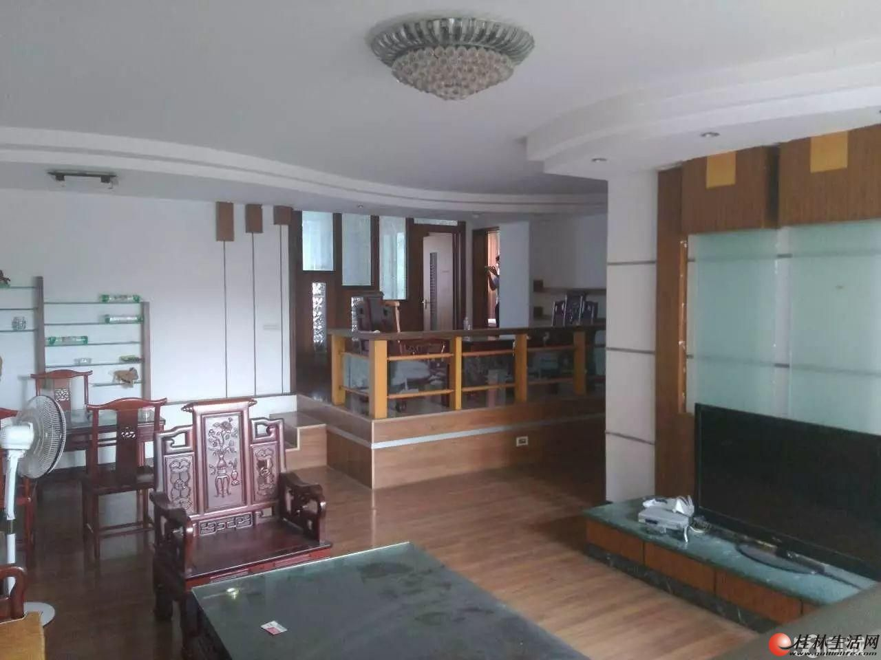 出售,龙隐学区家乐商贸城,3房2厅2卫,148平米,电梯6楼,92万,精装修
