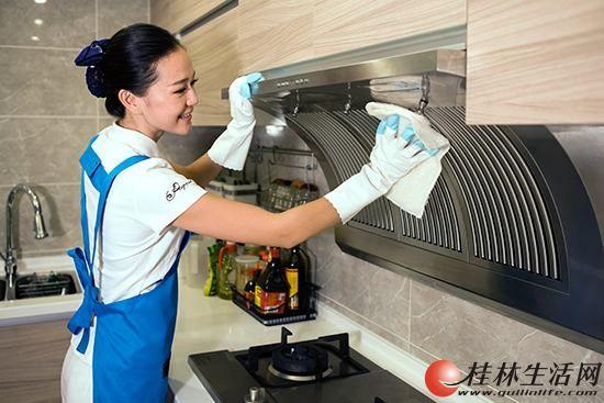 桂林市七星区油烟机清洗 油烟机深度清洗 清洗我们是专业的公司电话