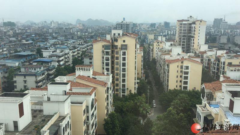 兴进曦镇精装复试楼使用150平米75万