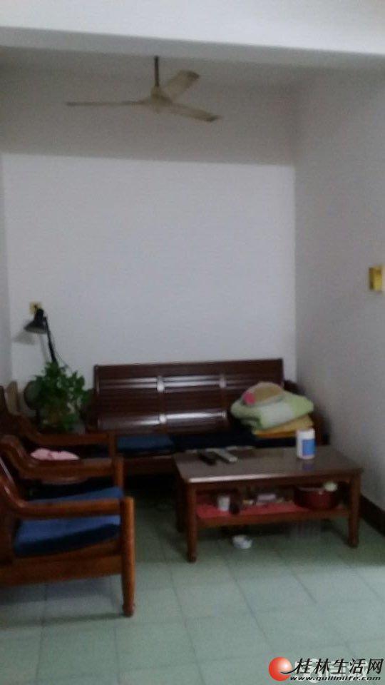 绝对好房!南溪山小学宿舍 学区房 3房1厅 32万