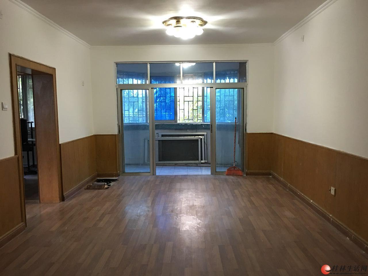 三里店奇峰小筑 两房两厅 74平方 35万 二楼可开平台