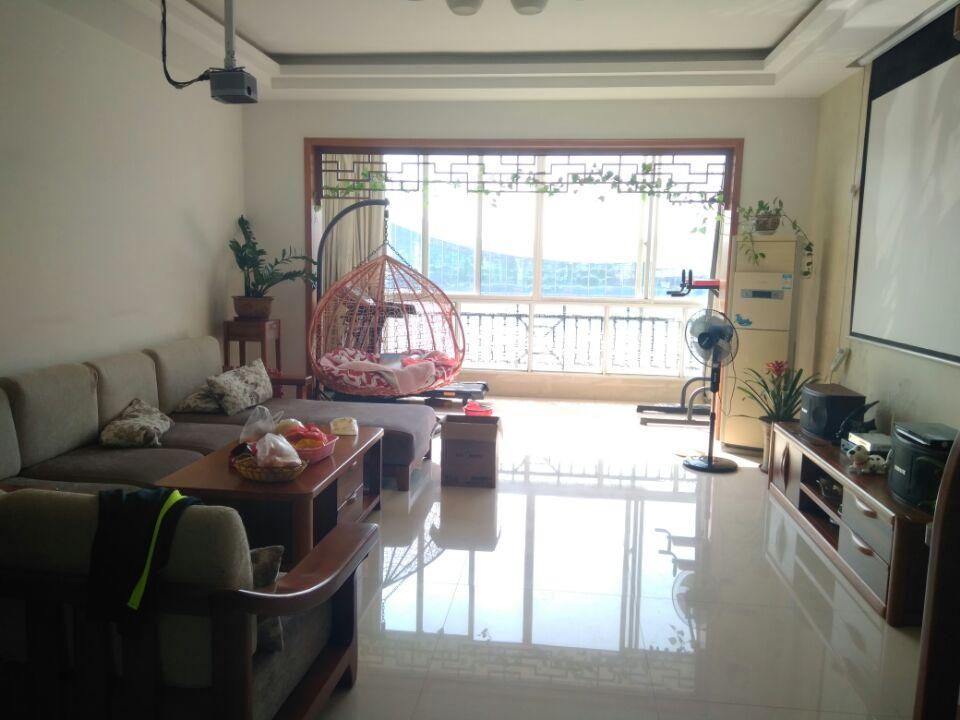 m【龙隐小学】带80㎡露台【绿海星城】复式楼精装修全送,5房2厅实用320㎡出售