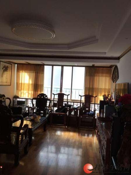 东安街 世纪花园 6室3厅4卫 300平方 90万 买一层送两层
