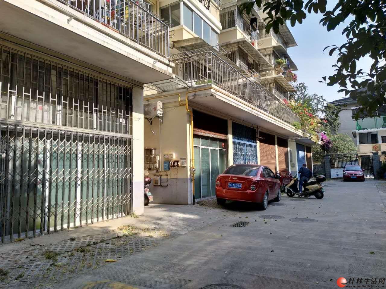 观音阁新小区一楼车库改的可做住房、办公室、仓库出租