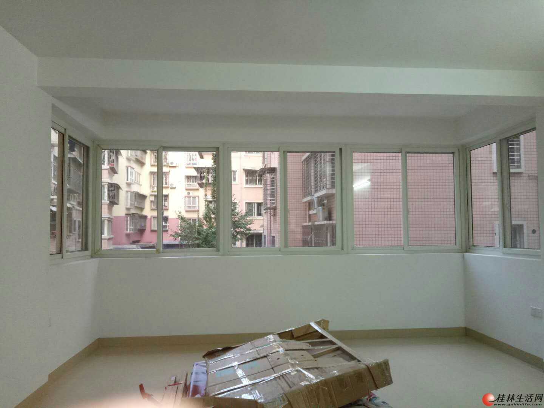 家庭保洁,新房开荒保洁,专业洗玻璃13978369847