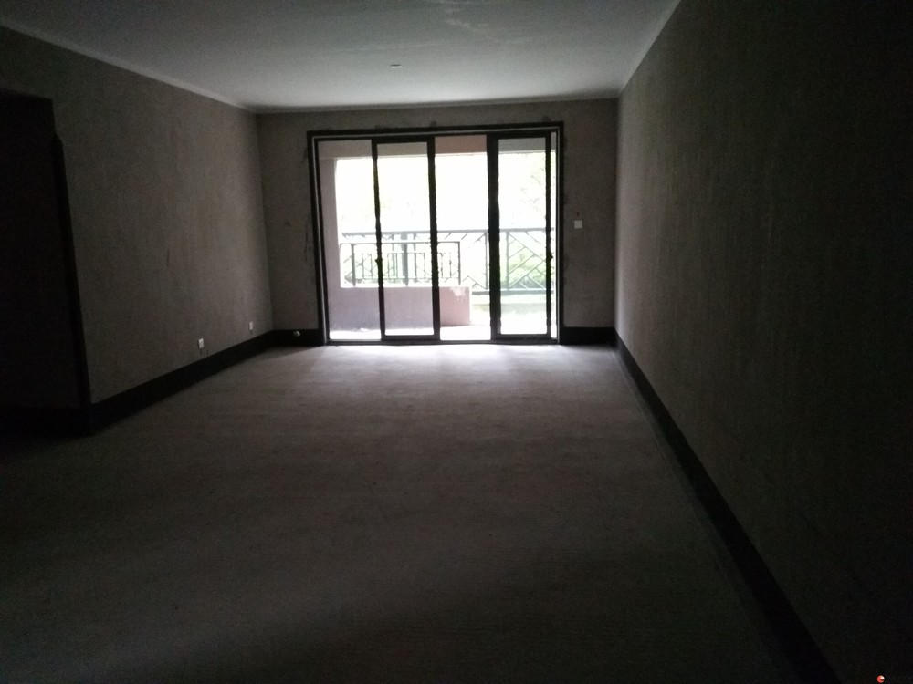 安厦世纪城漓江边一楼2房2厅2卫高赠送可改3房92平72万
