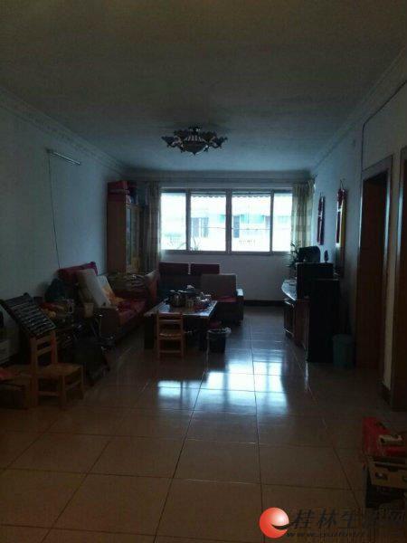 M七星区  奇峰小筑  2房2厅1卫 82平  43万 使用面积达164平