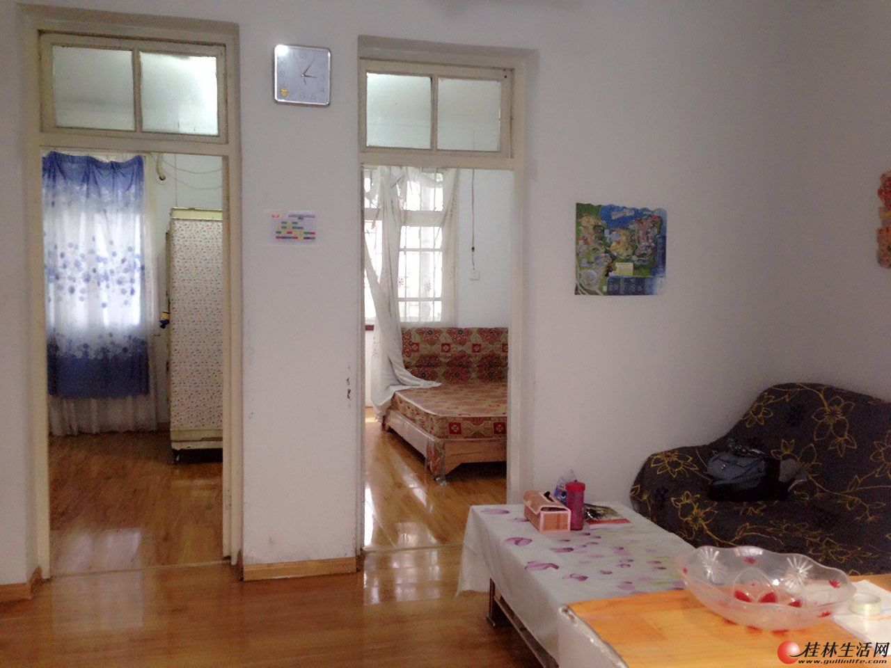 丹桂酒店后面可成里汽车站宿舍,二楼 2房1厅65平方家具家电全 1000元/月可停车木地板