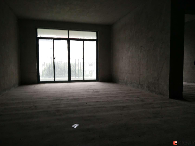 冠泰水晶城 70万 3室2厅2卫 清水,难得的好户型!