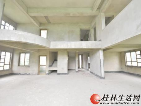 A.临桂机场路九里香堤独栋大别墅毛坯515平米!三层 480万