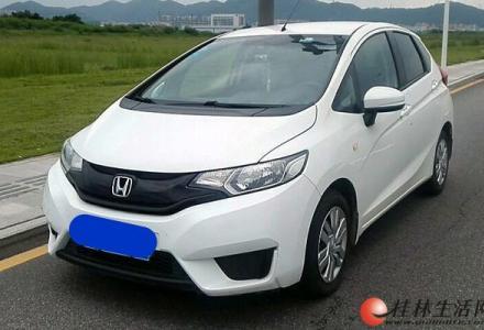 本田 飞度 2016款 1.5L LX CVT舒适型 此车首付 仅需6千 欢迎看车