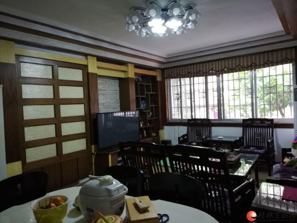 Z信义路【电影公司宿舍】3房2厅96㎡02年有大院停车100万