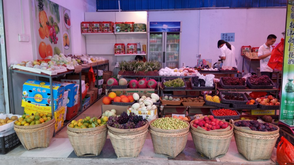 长期为酒店,工厂,单位配送各时令水果,蔬菜