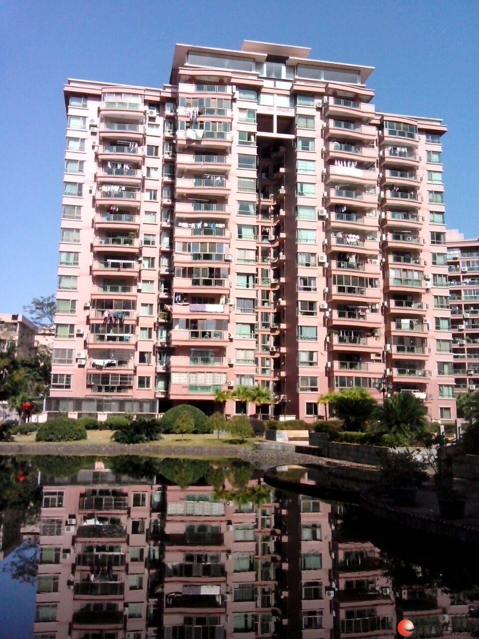 世纪新城2-3楼复式4房2厅2卫,210平米,4500元/月,精装修,适合办公,临街