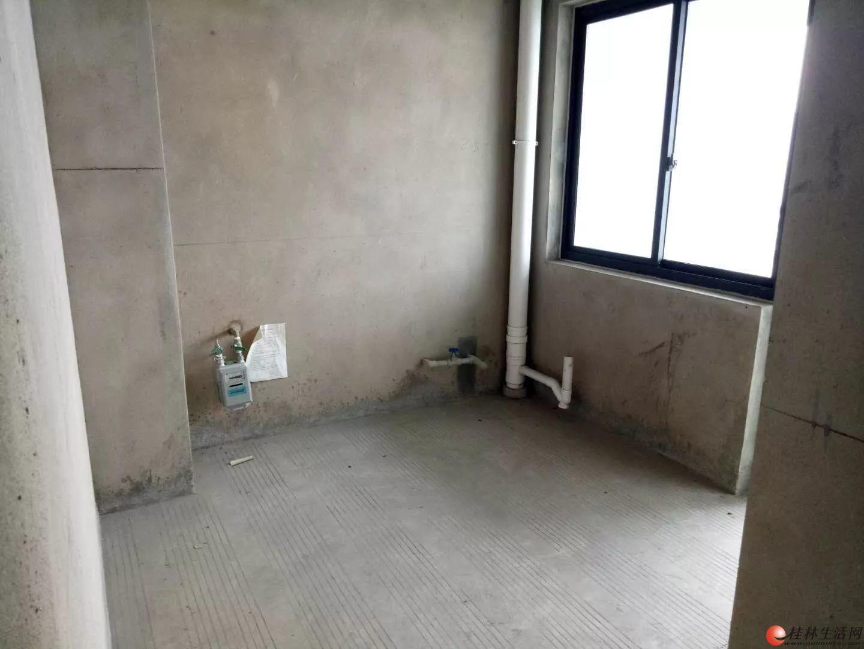 超笋房有钥匙 万正西区国际 清水小三房 电梯高层 仅售72万