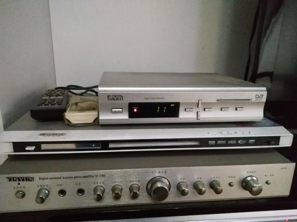 低价转让一对音箱+dvd,还有很多家具家电