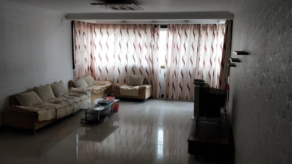 八里街金色年华小区优质房型3房2厅2卫出租