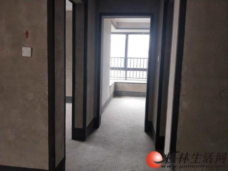 高品质 普陀路 彰泰睿城 大平层电梯顶复带露台270万送车位