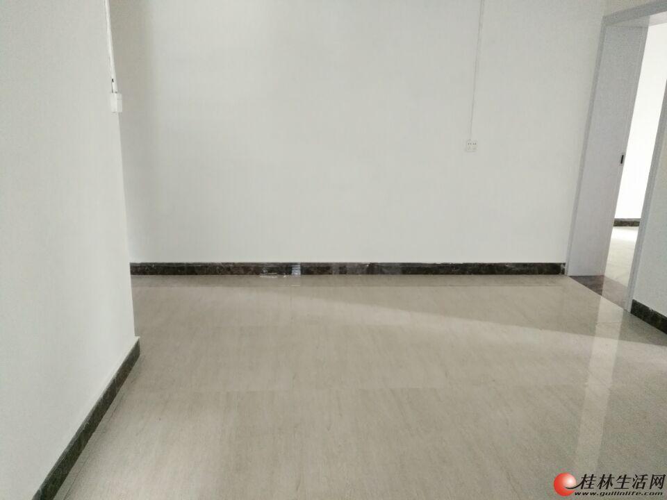 清风西一里 高一楼 2房1厅65平米可以办公 养老 上学居住