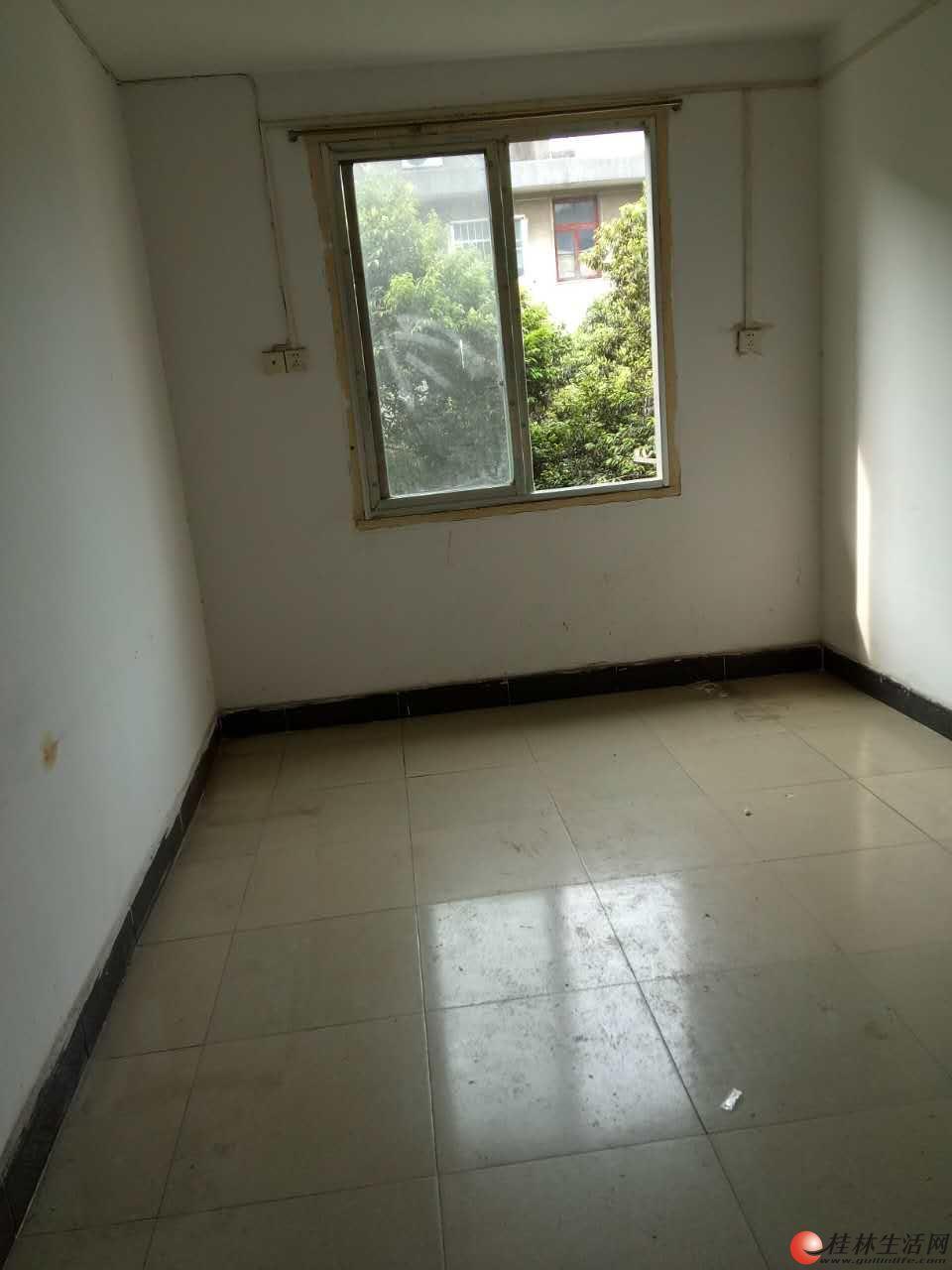 瓦窑平山小学旁单位宿舍两房一厅,4楼60平方,22万