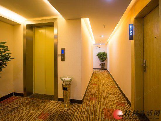 阳朔繁华地段新装修酒店转让 有电梯