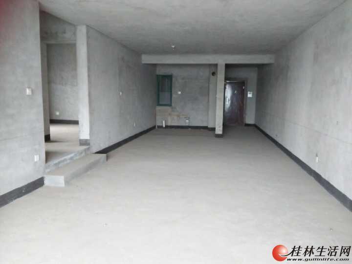 芳华路 党校宿舍清水 电梯3房2厅2卫126平米  65万