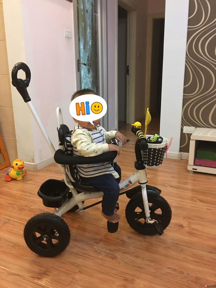 宝宝三轮手推车,几乎全新。