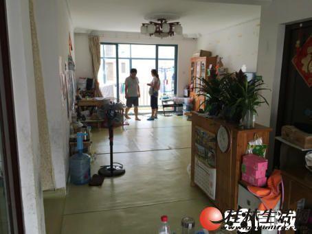 信昌碧水康城低于市场价急售75万!!!3房2厅2卫,122平米,简单新万博客户端,2007年建