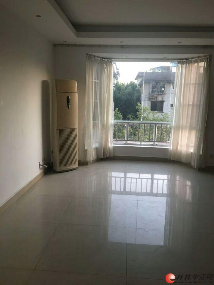 出租,世纪新城复式,4房2厅2卫,临街200平米,2楼,4500元/月,精装,家具齐全,拎包