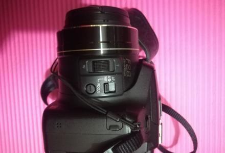 转让一台松下FZ200数码照相机