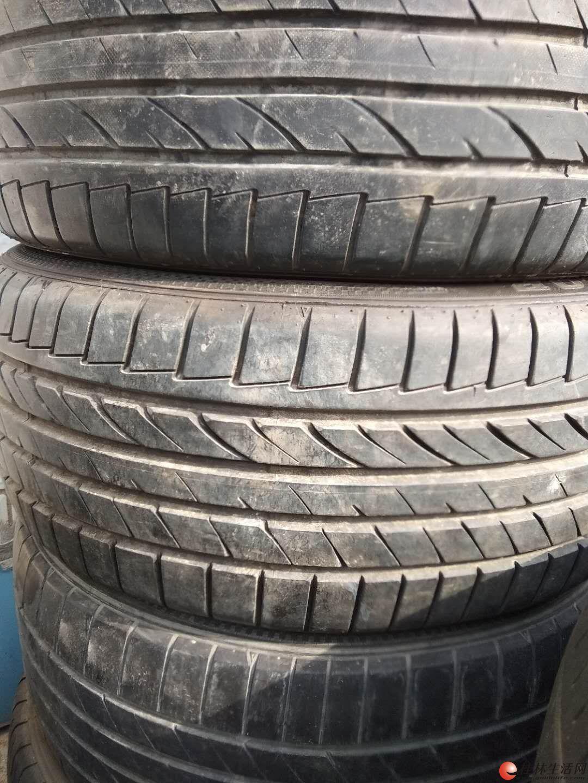 邓录普235/45R18新帕萨特原配二手胎出售