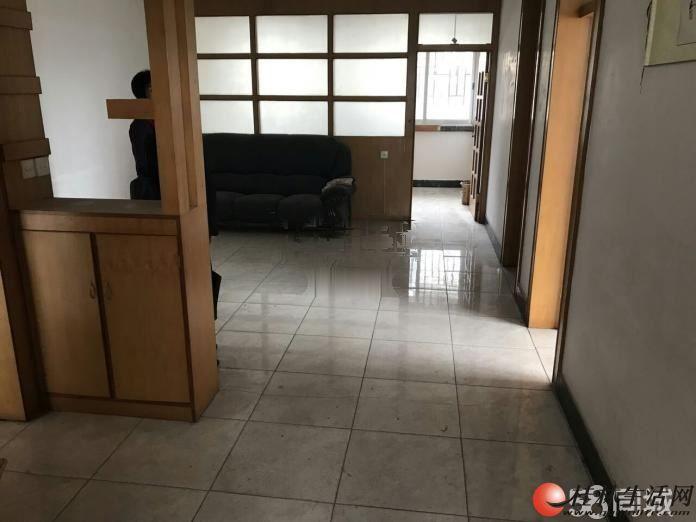 解放桥 帝苑酒店 旁 东江干休所 3室1厅 空房 江边