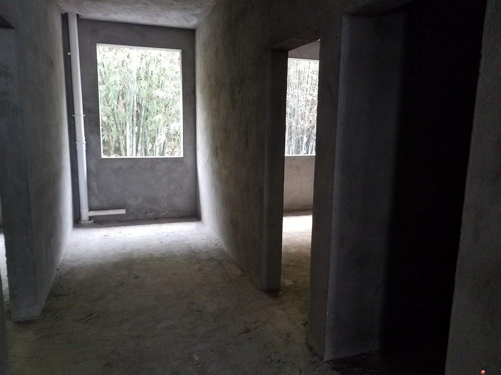 清水新房(2018年)出售 房屋面积127平 车库21平  两证齐全