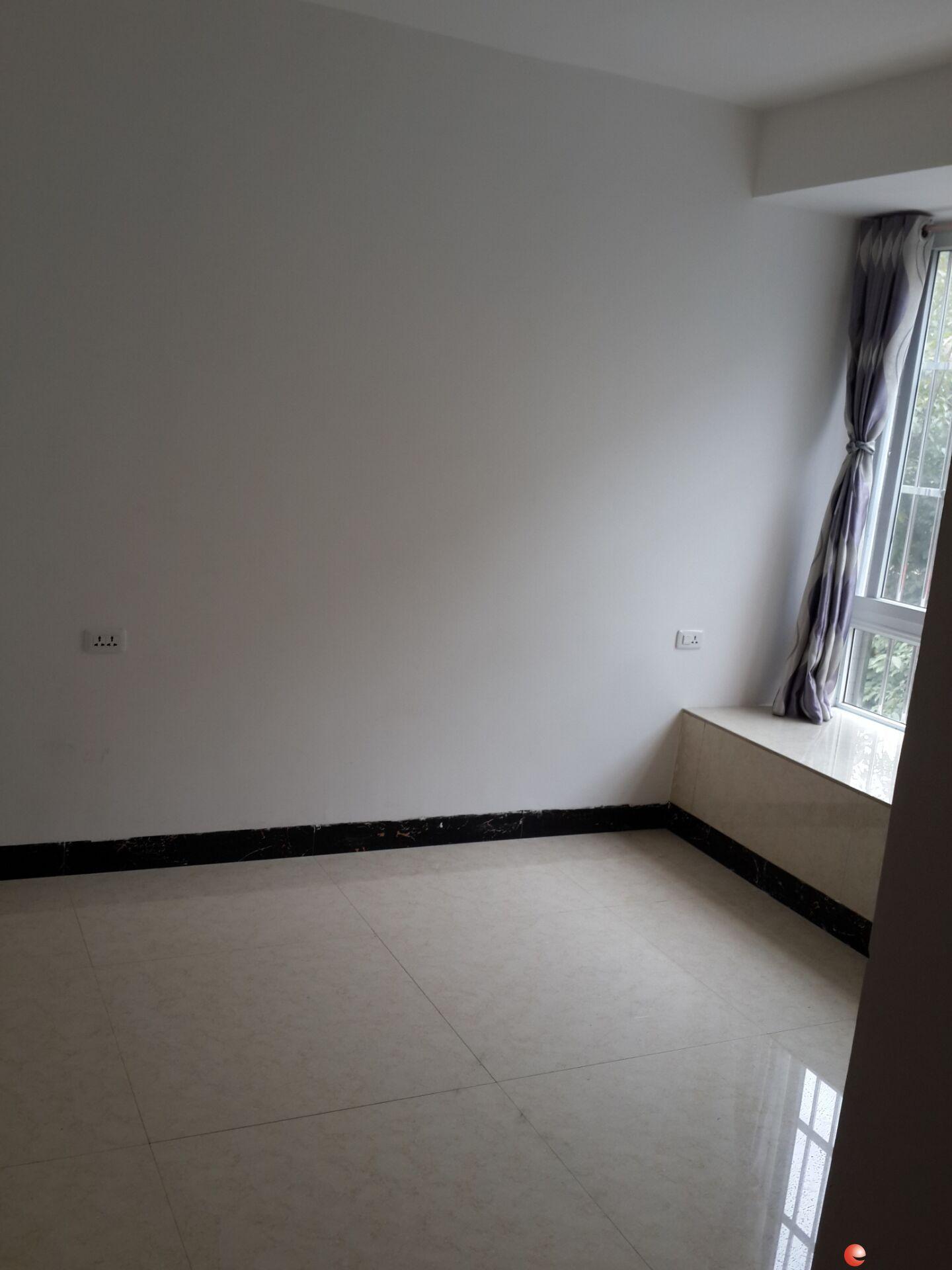 安厦世纪城三楼三房二厅一卫103平方新房出租