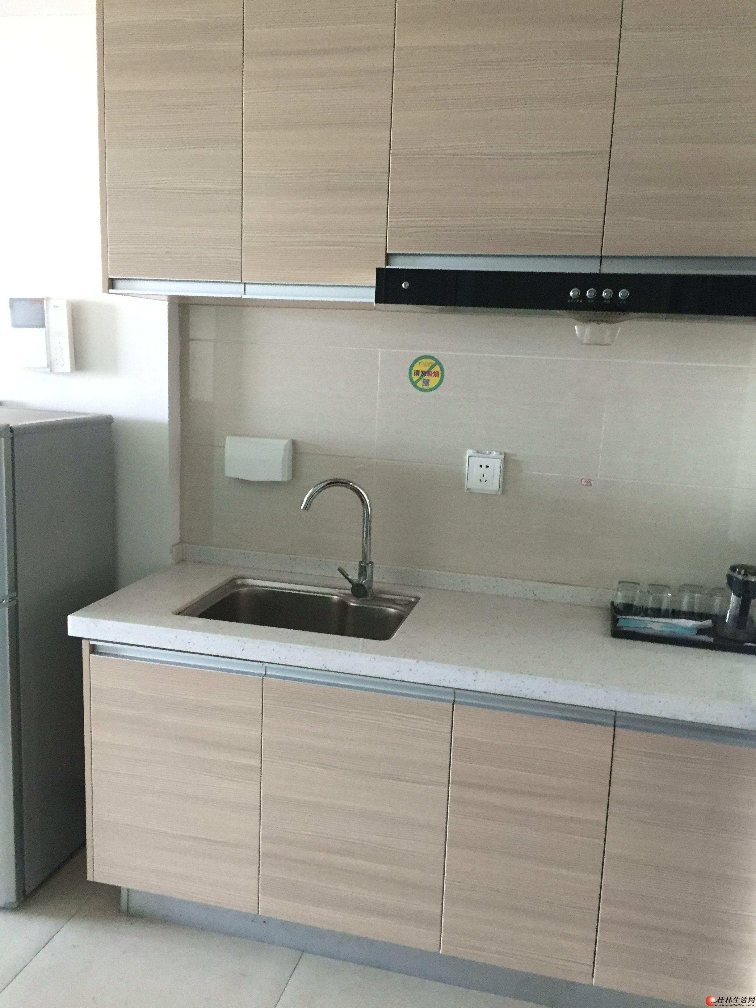 桂林高新区万达华府9号公寓楼15楼整套出租