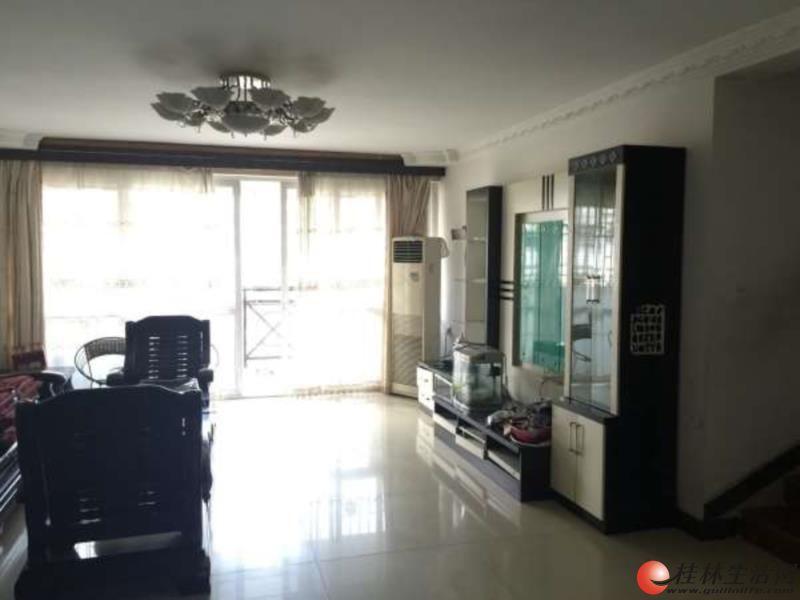 Q 三里店普陀路,丰泽园,4房2厅2卫,2楼,145平米,精装,带大平台