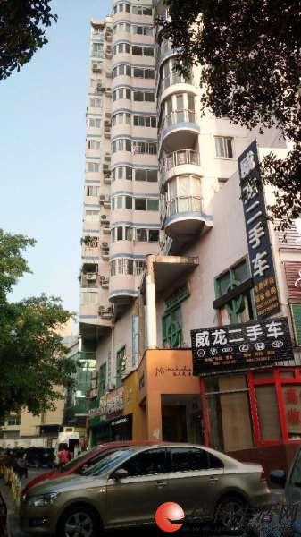 Q 读育才小学,三星大厦,2房2厅,10楼,128平米,可出租办公
