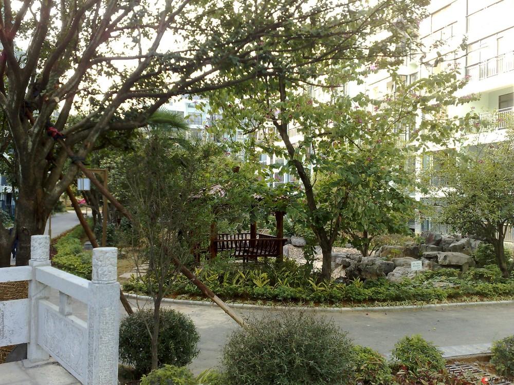背包即可入住,住在七星公园旁边--公园林涧三房两厅两卫(有独立车库)