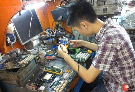 专业上门维修电脑,网络维修,安防监控