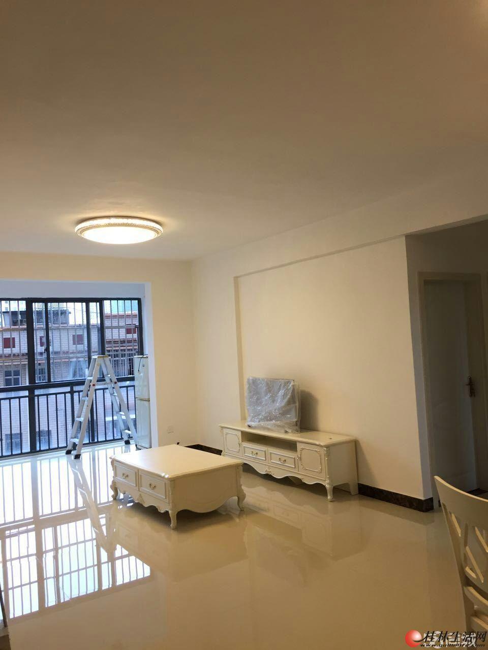 象山区凯风路金地球小区6楼3房2厅2卫豪华装修急出售