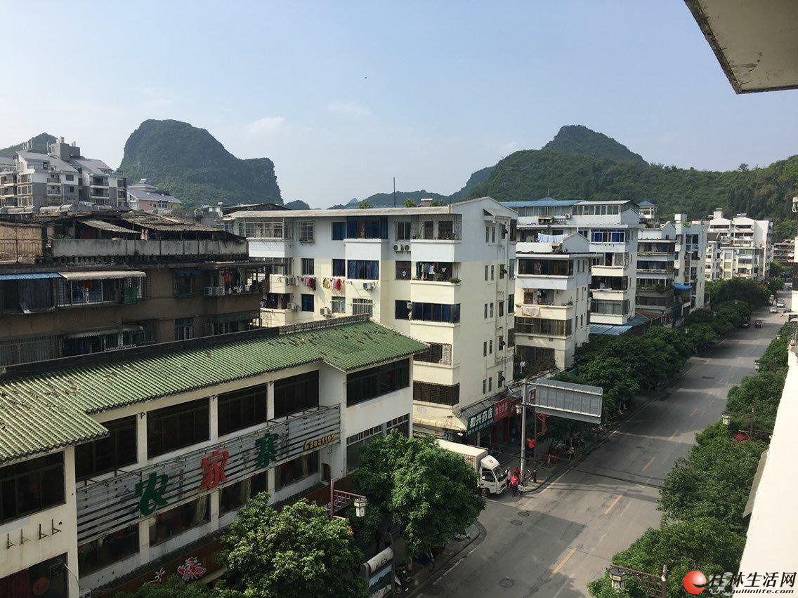 榕湖学区桂湖花园旁三房一厅有天面花园100平米75万