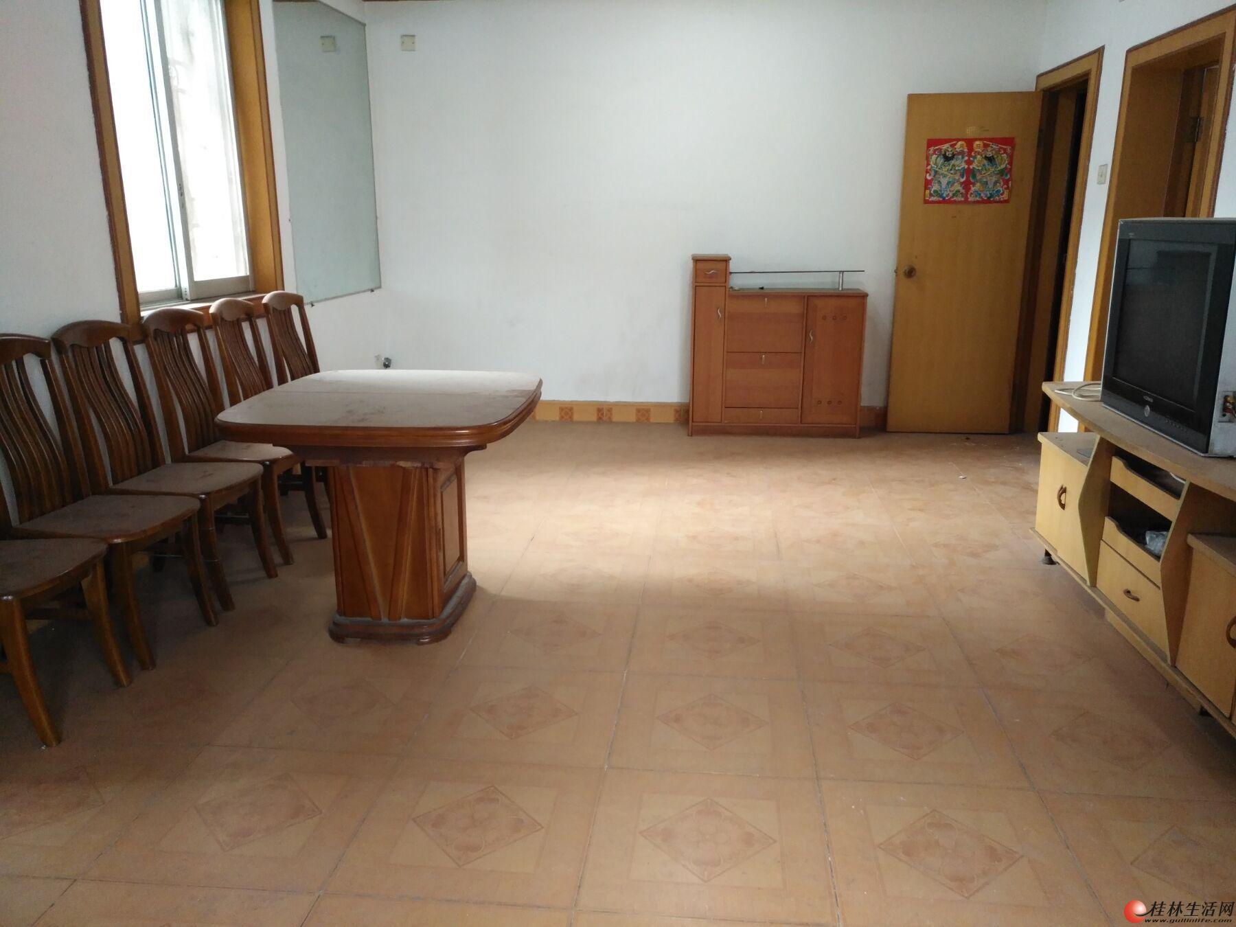 锦绣乐园  大2房2厅80平米 三面采光 户型方正仅36万