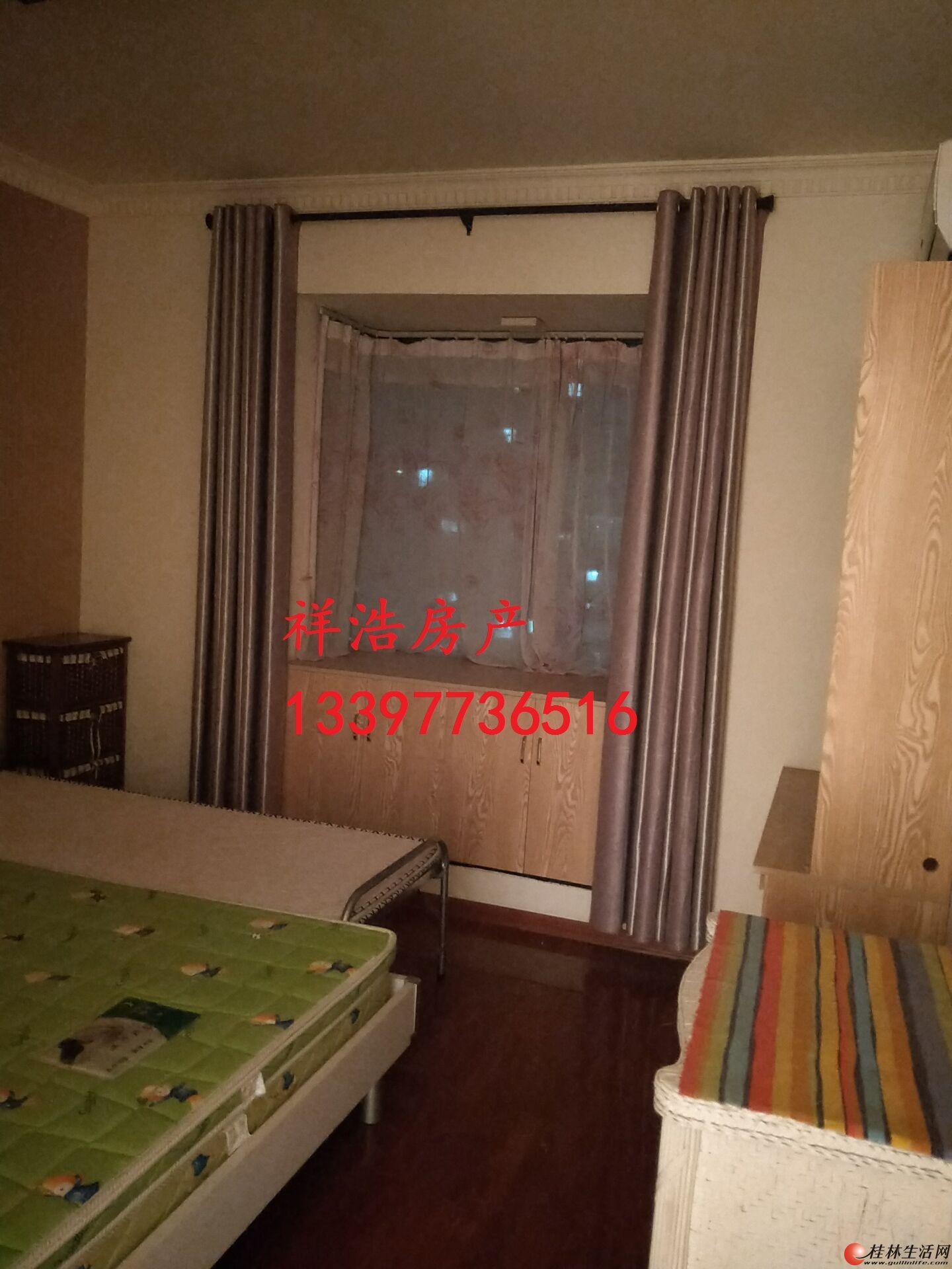 出租,毅峰路世纪新城,3房2厅2卫,147平米,电梯10楼,3500元/月,精装修